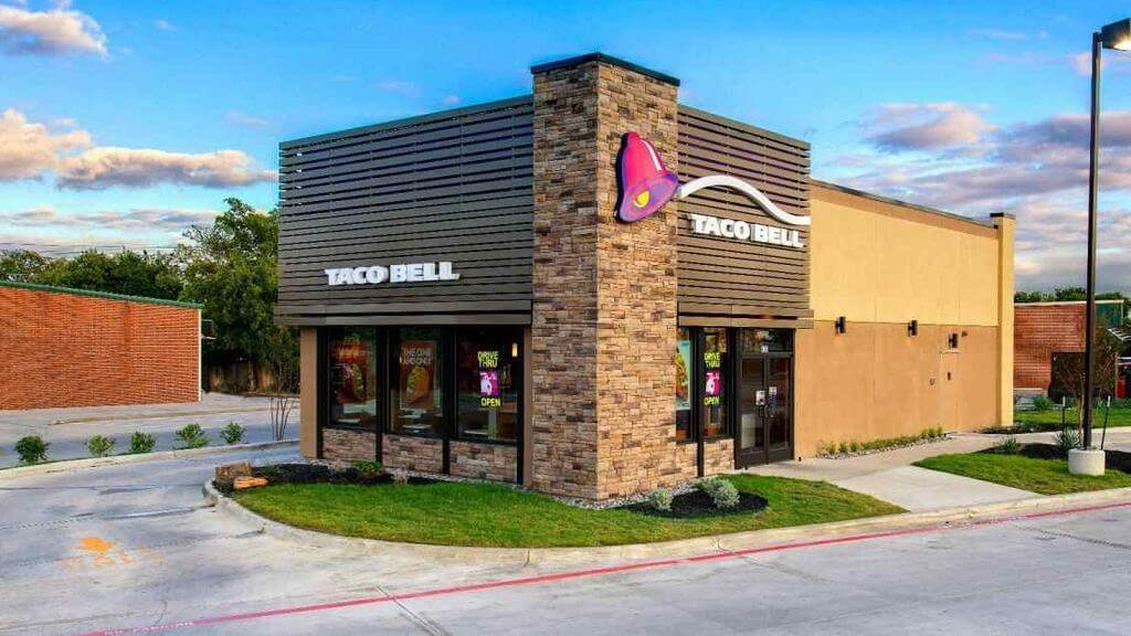 "Taco Bell mission statement is: ""We take pride in making the best Mexican style fast food providing fast, friendly, & accurate service. We are the employer of choice offering team members' opportunities for growth, advancement, & rewarding careers in a fun, safe working environment. We are accountable for profitability in everything we do, providing our shareholders with value growth."""